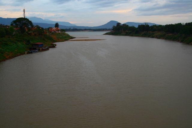 Zdjęcia: Płd Laos, Pakse deszczową porą, LAOS