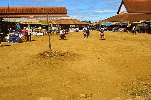 Zdjęcia: Bolaven, Targ dzienny-przed odjazdem2, LAOS