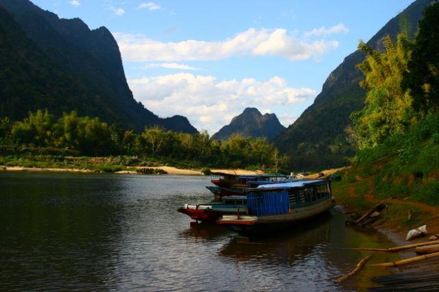Zdj�cia: p�n Laos, Muang Ngoi Nua. , LAOS