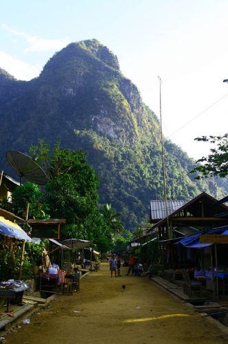 Zdjęcia: płn Laos, Muang Ngoi Nua. , LAOS