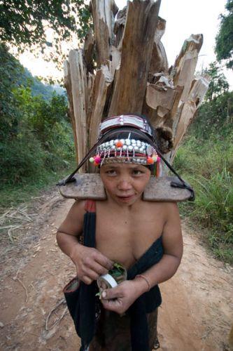 Zdjęcia: Kobieta z plemienia AKHA, FOTO 5, LAOS