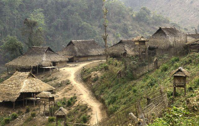 Zdjęcia: MUANG SING   Wioka          plemie   AKHA, AKHA 7, LAOS