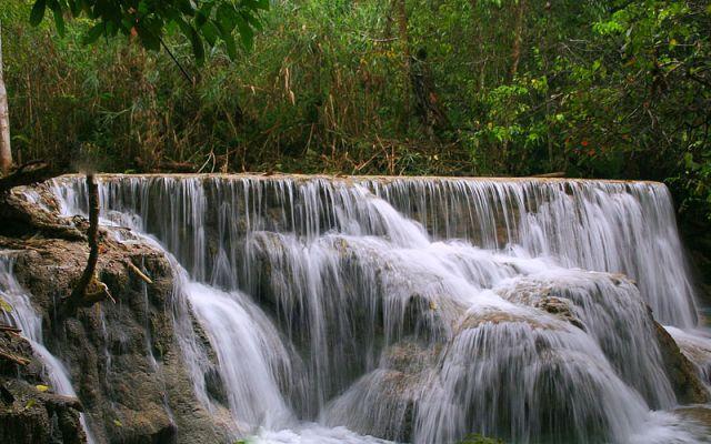Zdj�cia: Wodospad KHOUANG Si, ***, LAOS