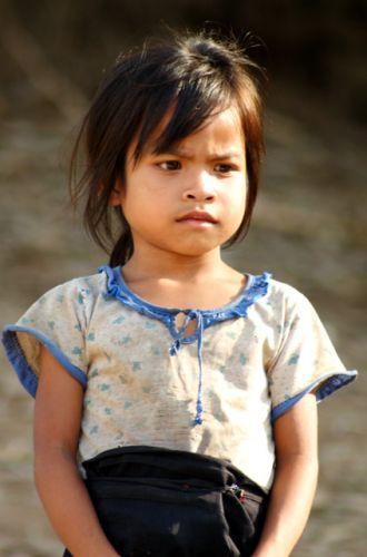 Zdjęcia: Nad Mekongiem, Północny Laos, Kamienne oblicze, LAOS