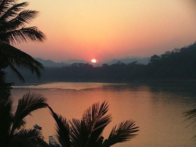 Zdjęcia: Luang Prabang, Zachód słońca, LAOS
