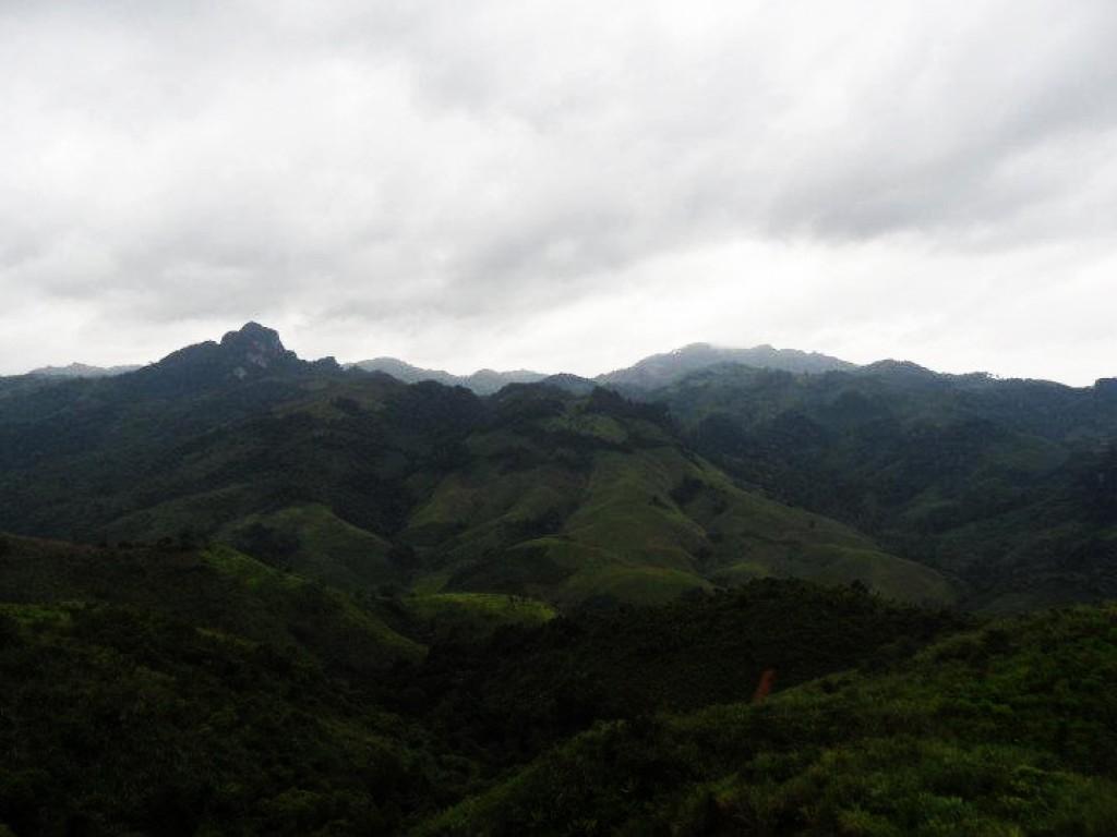 Zdjęcia: N, N, góry, LAOS