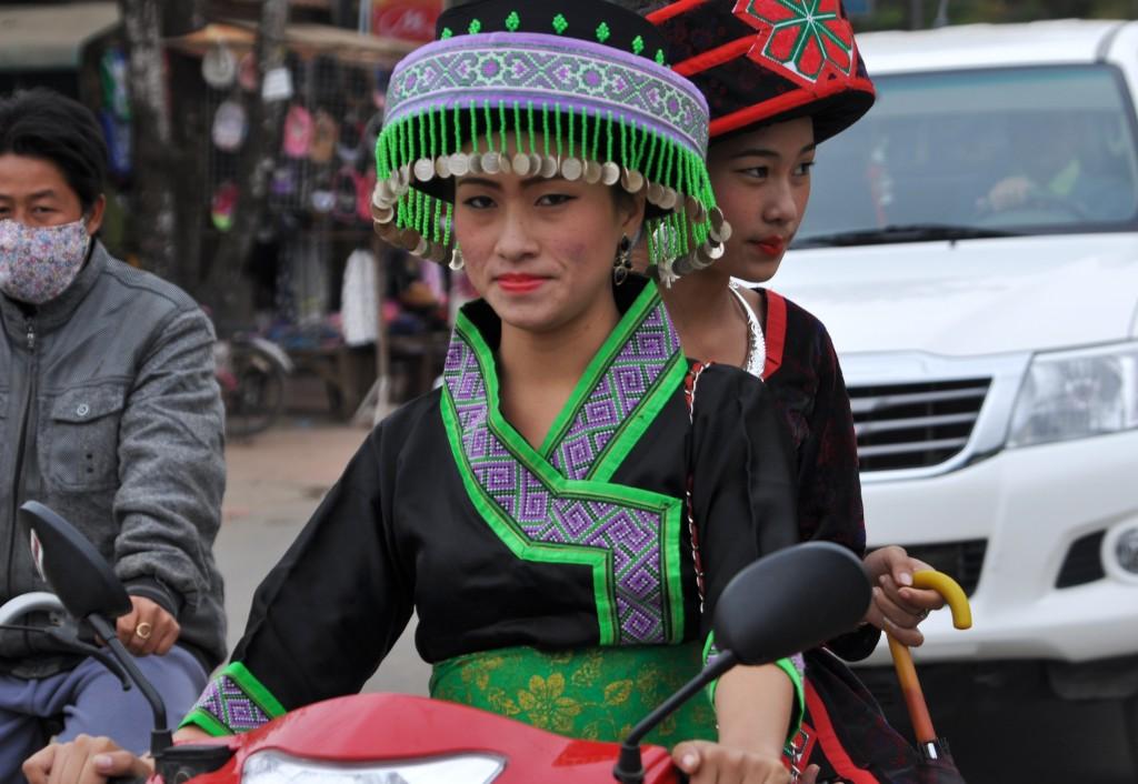 Zdjęcia: Louangphrabang, północny Laos, Widziane z tuk tuka, LAOS