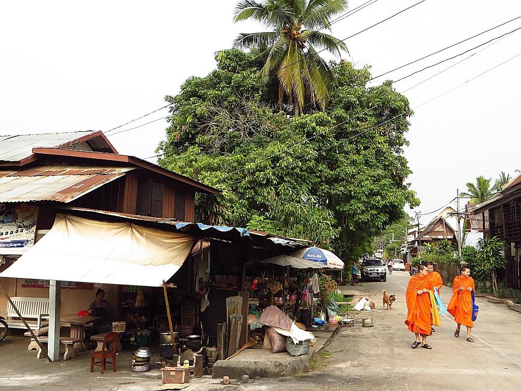 Zdjęcia: Luang Prabang, Laos północny, popołudniowy spacer, LAOS