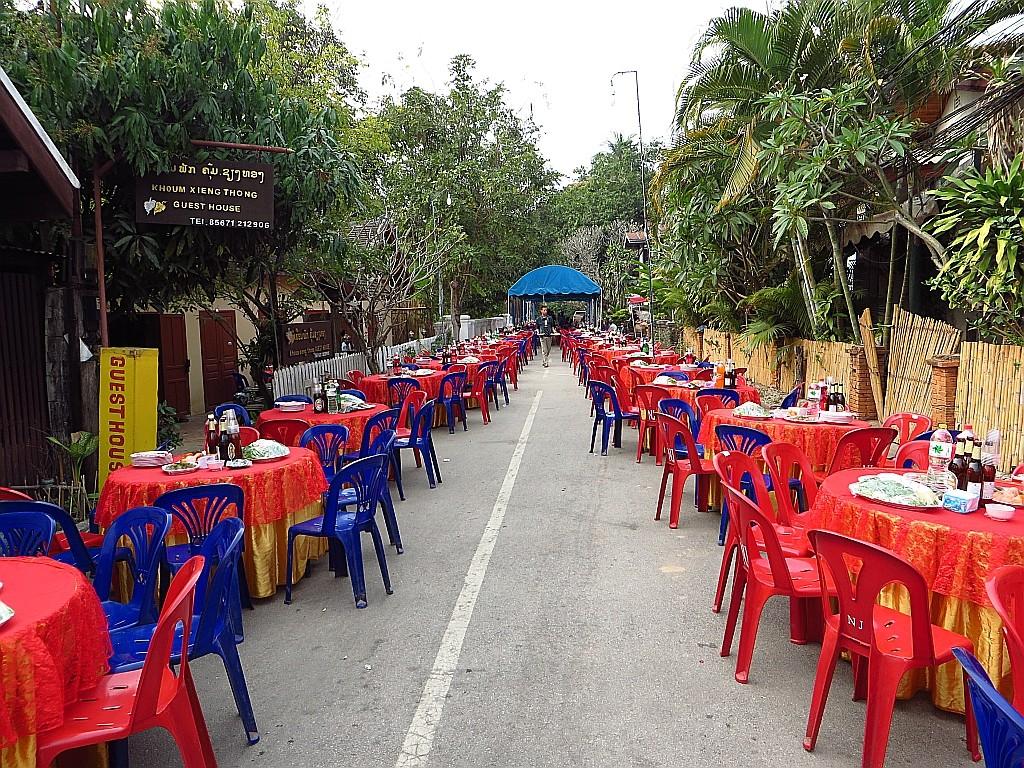 Zdjęcia: Luang Prabang, Laos północny, przygotowania do wesela, LAOS