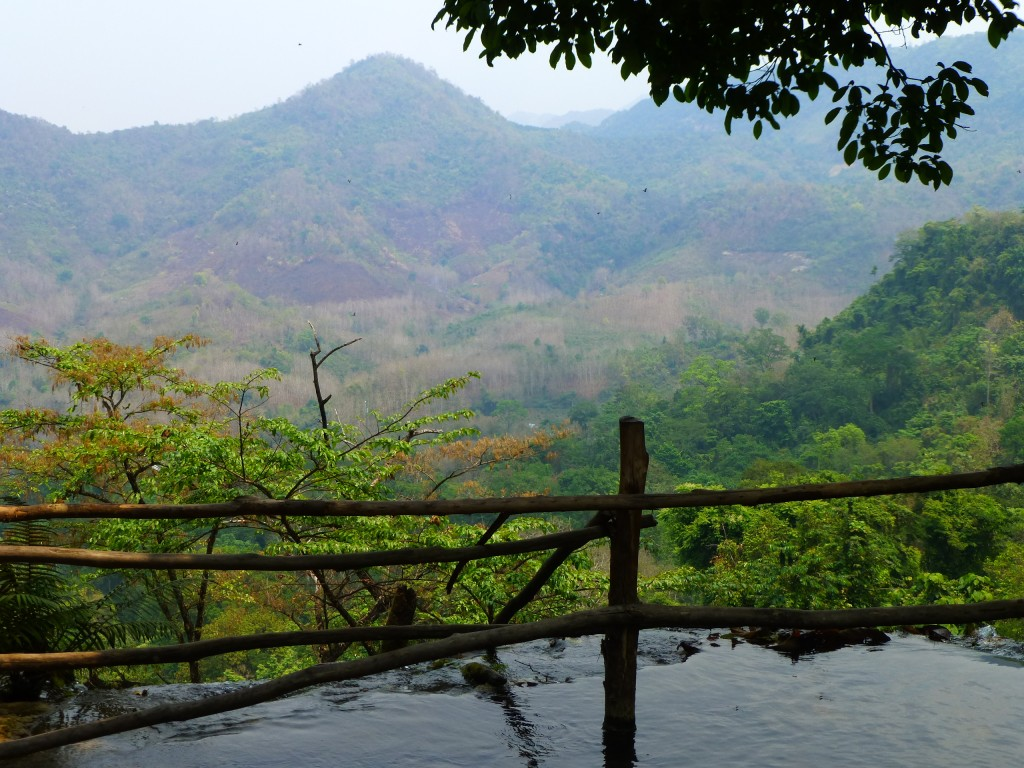 Zdjęcia: Wodospad Kuang Si, ..., Wierzchołek wodospadu, LAOS