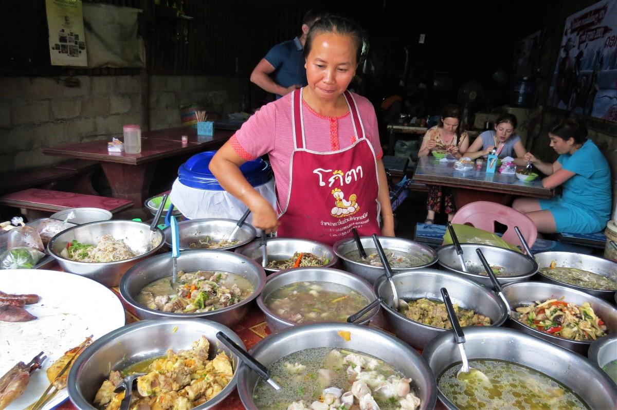 Zdjęcia: Luangprabang, Super restauracja, LAOS