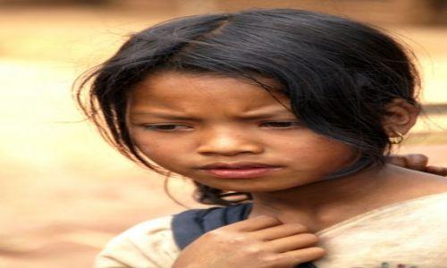 Zdjecie LAOS / Luang Namtha / wioska w okolicy Luang Namtha / KONKURS- dziewc