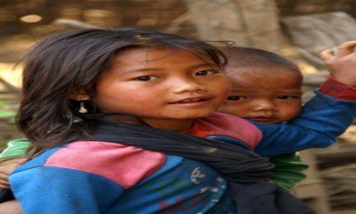 Zdjecie LAOS / Nong Khiaw / wioska w okolicy Nong Khiaw / KONKURS- dzieci