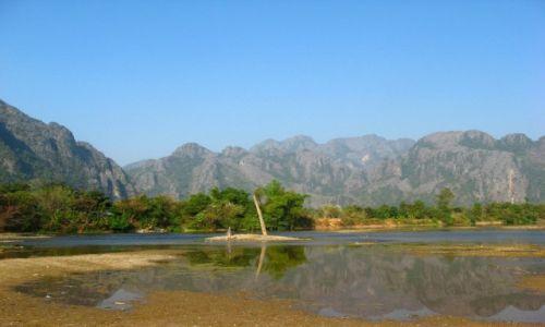Zdjęcie LAOS / Laos / Van Vieng / By the river