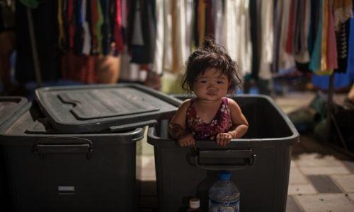 Zdjecie LAOS / Vientiane / Viantiane / skad biora sie dzieci?