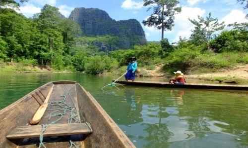 Zdjęcie LAOS / Laos / Kong Lor / Praca na wodzie