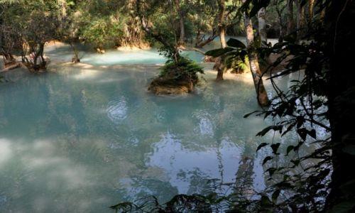 Zdjecie LAOS / północny Laos okolice Louangphrabang / Wodospad Kuang Si / Poniżej wodospadu