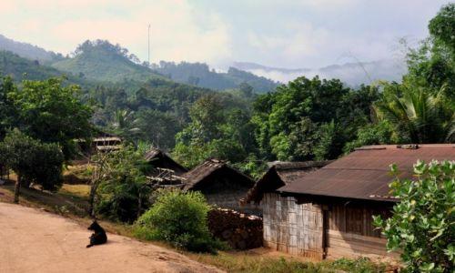 Zdjecie LAOS / północny Laos / północny Laos / Wioska nad Mekongiem