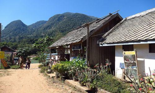 Zdjęcie LAOS / Laos północny / okolice Nong Khiaw / wioska Muang Ngoi Neua