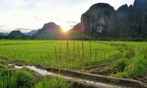 Zdjęcie LAOS / vang vieng / vang vieng / światło