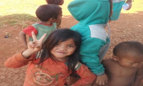 Zdjecie LAOS / - / Paxe / Laotańskie dzieci