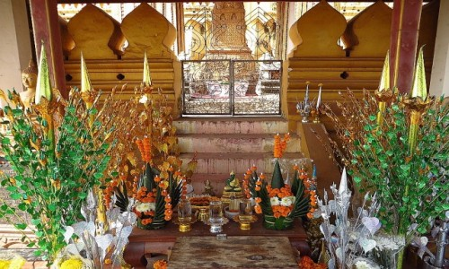Zdjecie LAOS / Laos północny / Vientiane / stupa królewska