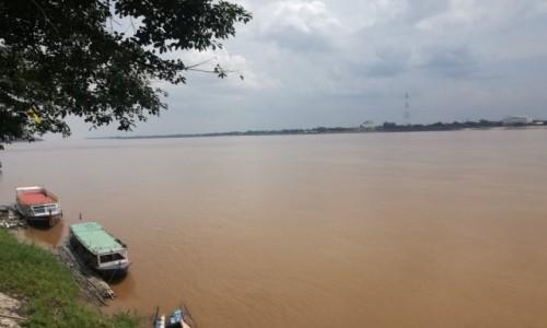 Zdjecie LAOS / Savannakhet / Riverside / Mekong na granicy z Tajlandią