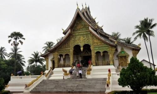 Zdjecie LAOS / - / Luangprabang / Wat Ho Pha Bang