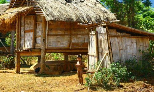 Zdjęcie LAOS / brak / Bolaven / wioska w której robi się trumny
