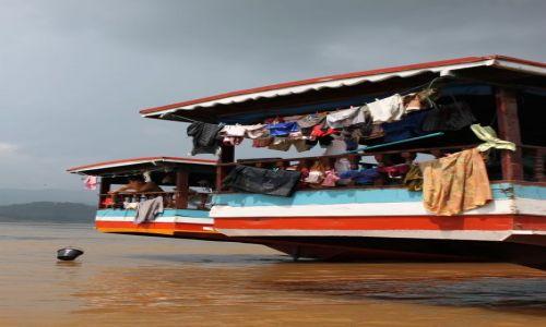 Zdjecie LAOS / brak / w drodze do Louangphrabang / kolory Mekongu