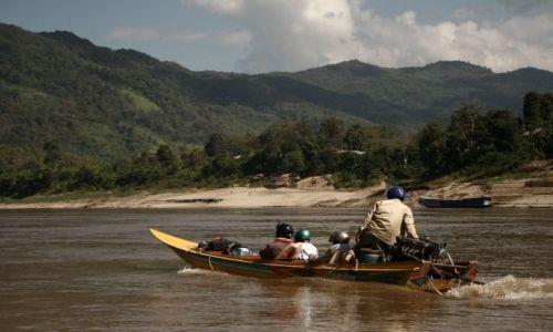 Zdjęcie LAOS / Mekong / Mekong / przeprawa przez Mekong