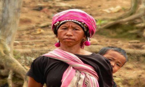 LAOS / Północ / Prowincja Muang Sing / Kobieta z plemienia Akha