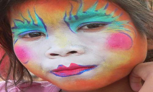 Zdjecie LAOS / Południe / Si Phan Don / malowana twarzyczka
