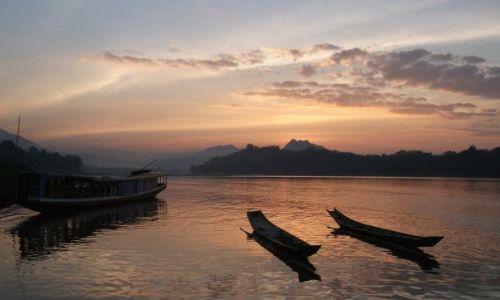 Zdjęcie LAOS / Luang Prabang / rzeka Mekong / ... kołysanie do snu ...