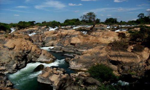 Zdjecie LAOS / Si Pa Don... kraina 4000 wysp... rzeka Mekong.... / rzeka Mekong / ... kolejny prz