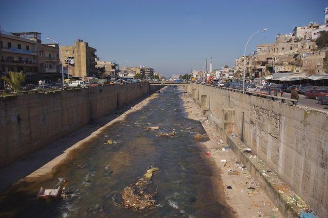 Zdj�cia: Tripoli, Reprezentacyjny rynsztok , LIBAN