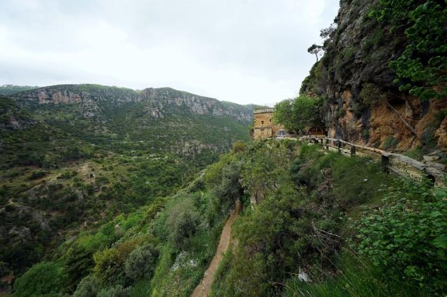 Zdjęcia: Dolina Kadisha, Bszarri, W drodze do świątyni, LIBAN