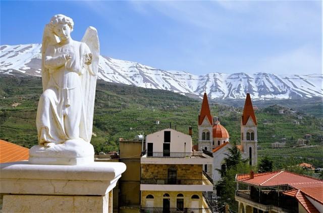Zdjęcia: Bcharre, Dolina Kadisha, Pejzaż z aniołem, LIBAN