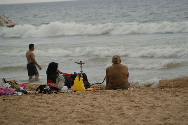 Zdjęcia: Bejrut, plażowanie po arabsku, LIBAN