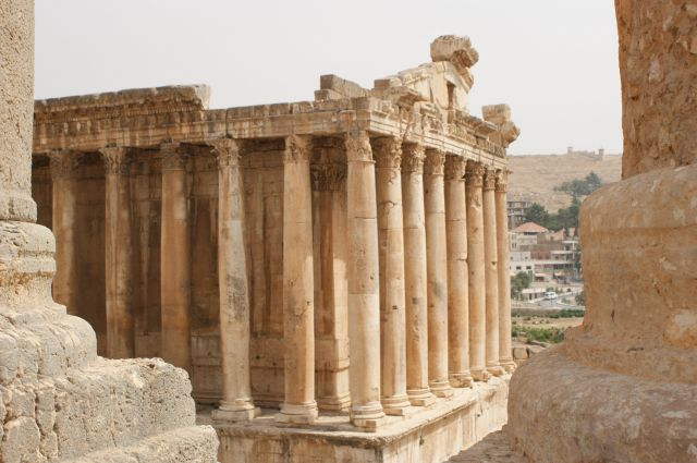 Zdj�cia: Baalbek, dolina Bekaa, staro�ytnosc pod kontrol� Hezbollahu, LIBAN