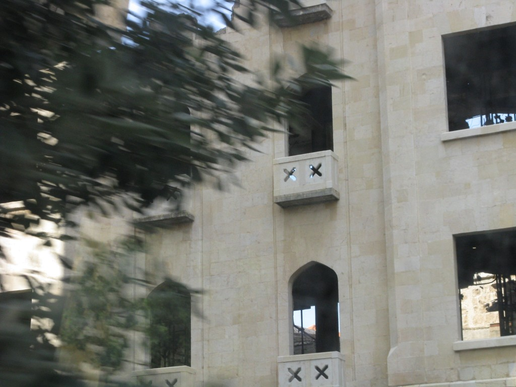 Zdjęcia: Bejrut, Bejrut jeszcze ranny po wojnie 1, LIBAN