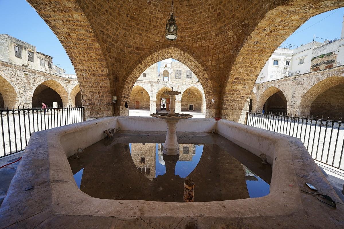 Zdjęcia: .Wielki meczet, Tripoli, Studnia na dziedzińcu, LIBAN