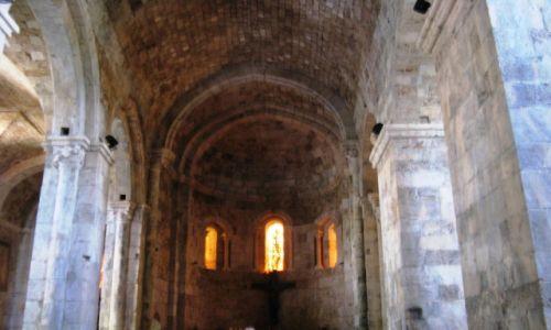 Zdjęcie LIBAN / - / Byblos / Romański kościół w Byblos