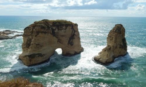 Zdjecie LIBAN / - / Bejrut - Pigeon Rocks  / .