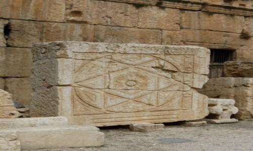 Zdjecie LIBAN / - / Baalbek / Relief