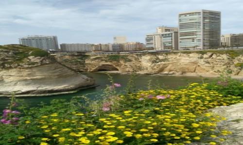 Zdjęcie LIBAN / Bejrut / Gołębie skały / Wiosennie