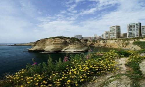 LIBAN / Bejrut / . / Na klifie