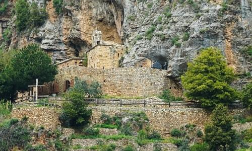 LIBAN / Bcharre / Qadisha Valley / Monastery of Mar Elisha