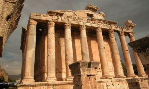 Zdjęcie LIBAN / brak / Baalbek / Świątynia Bachusa - front