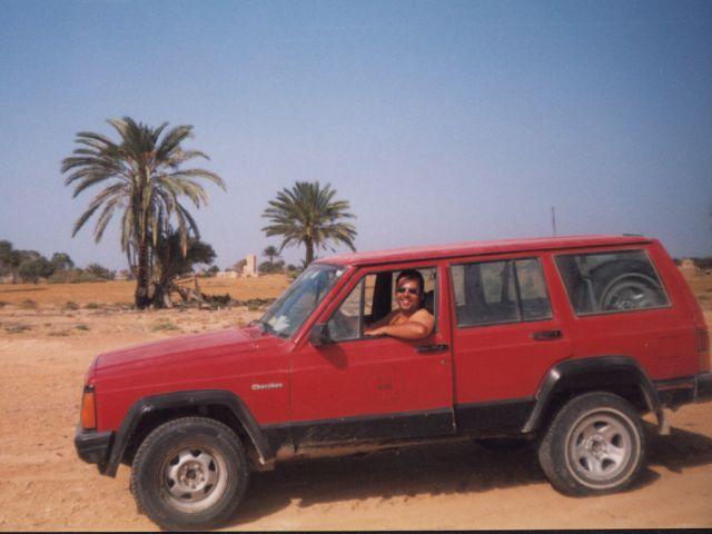 Zdjęcia: Az-Zazja, silnik już odpalony, LIBIA